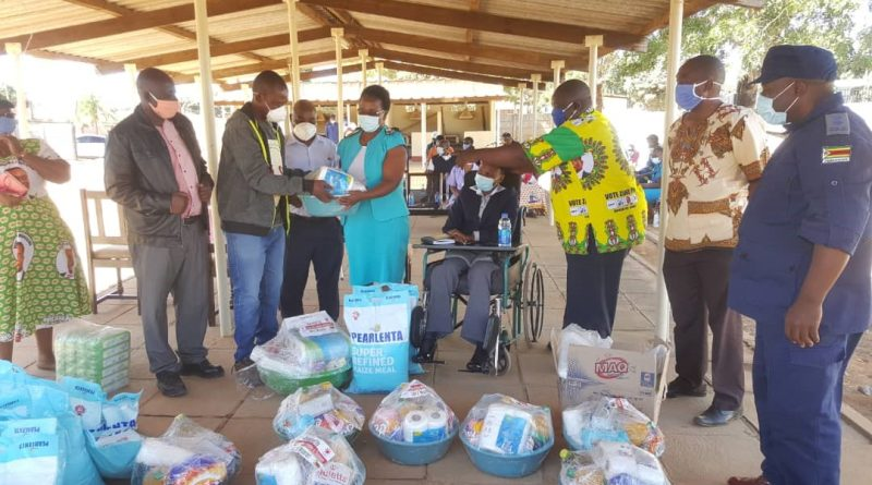 Former Mbizo MP Vongaishe Mupereri donates goodies to health frontline staff in Mbizo. The plight of people living with albinism needs attention